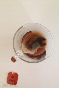 schwarzer Tee im Wochenbett