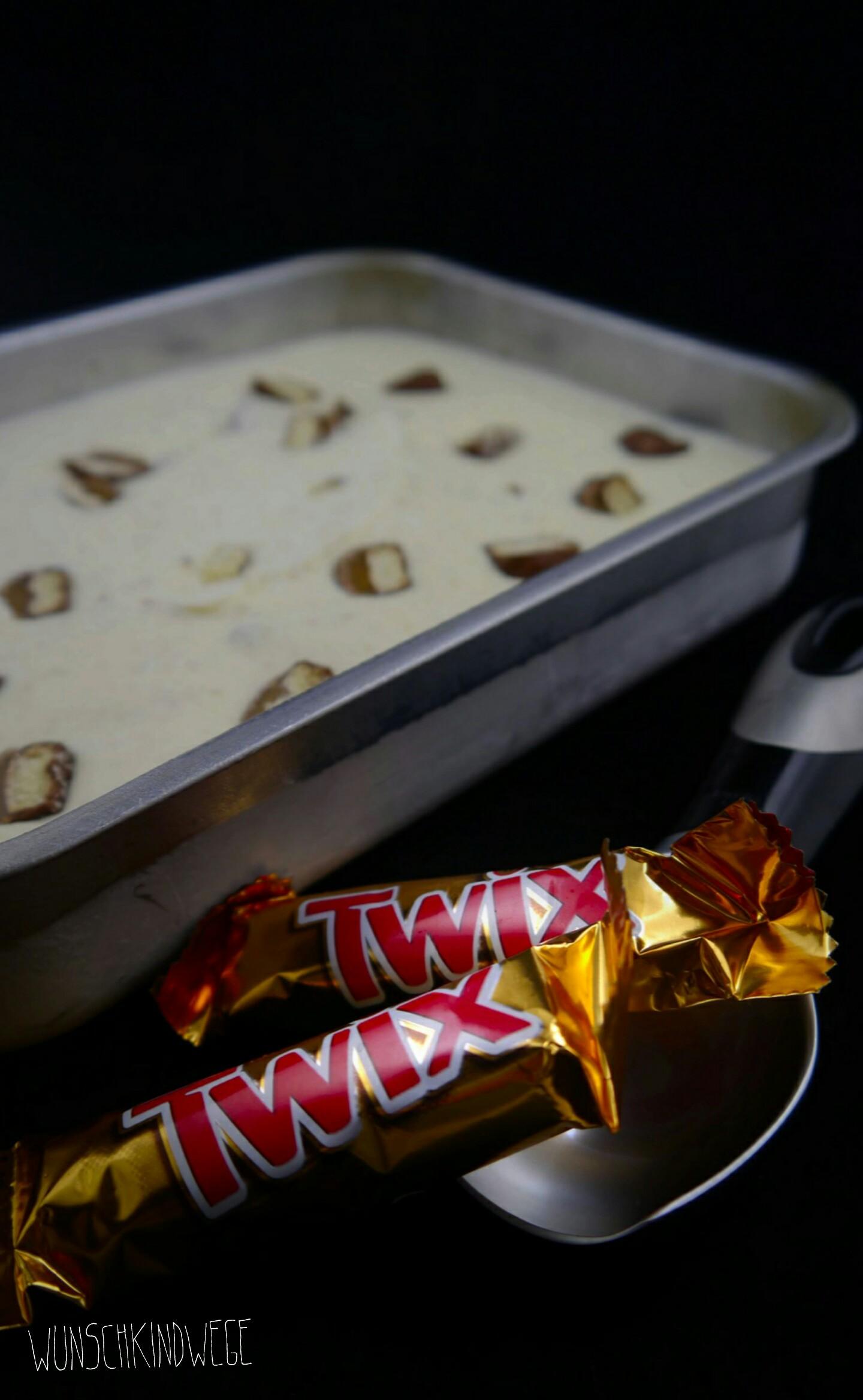 Twix Cheesecake Icecream
