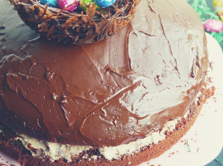 Kinder-Pingui Torte mit Osternest