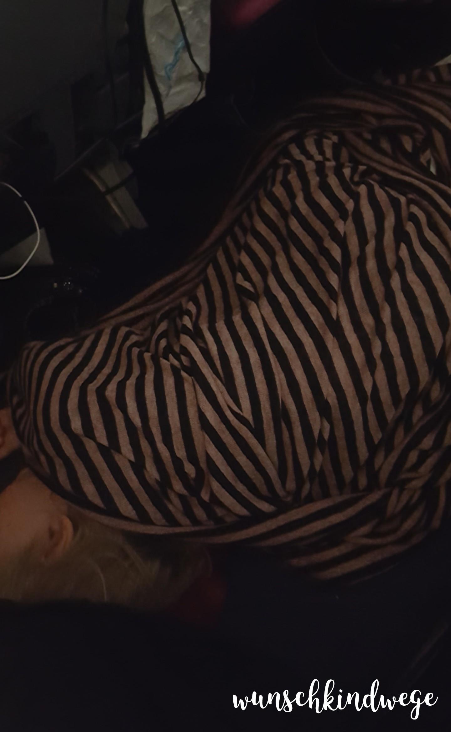 Kleinkind schläft Economy Class Florida Rückflug