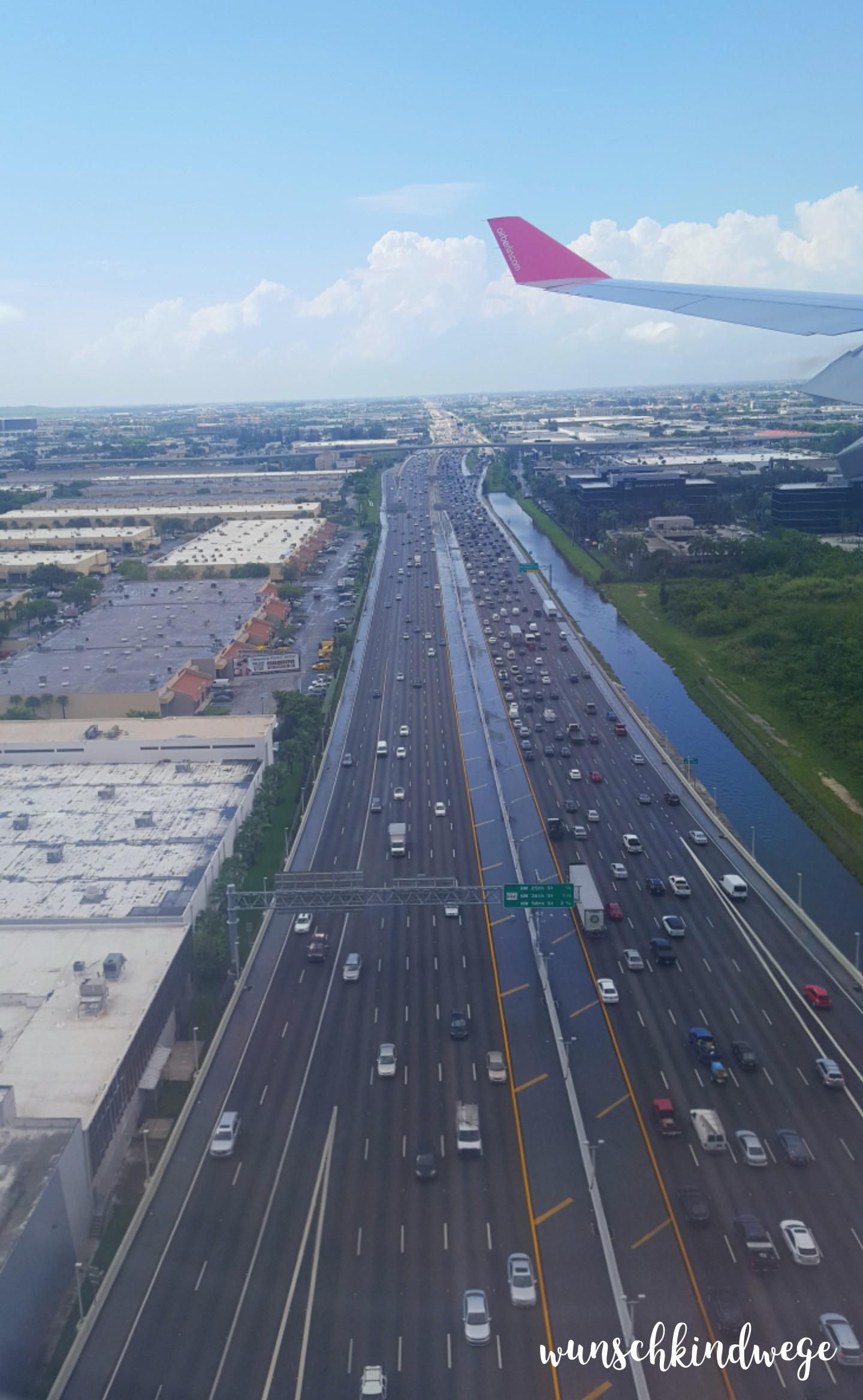Florida mit Kindern: Endanflug Miami Palmetto Expressway aus der Luft