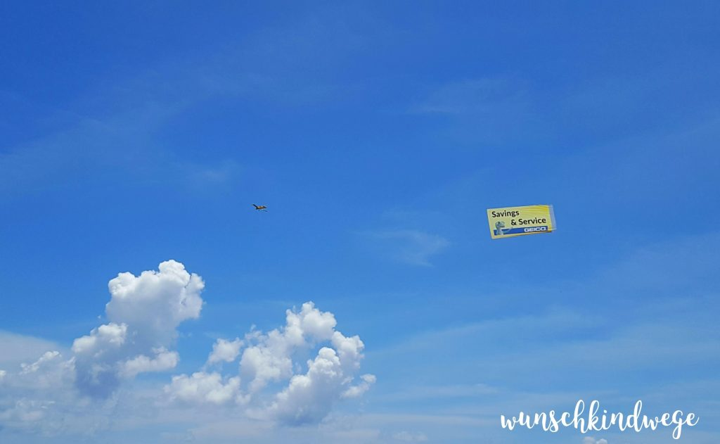Flugzeugwerbung Lauderdale-by-the-Sea