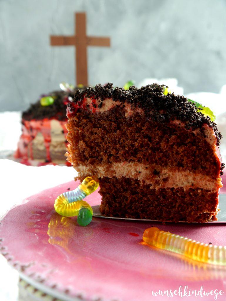Halloween Torte mit Schokokusscreme und Drip