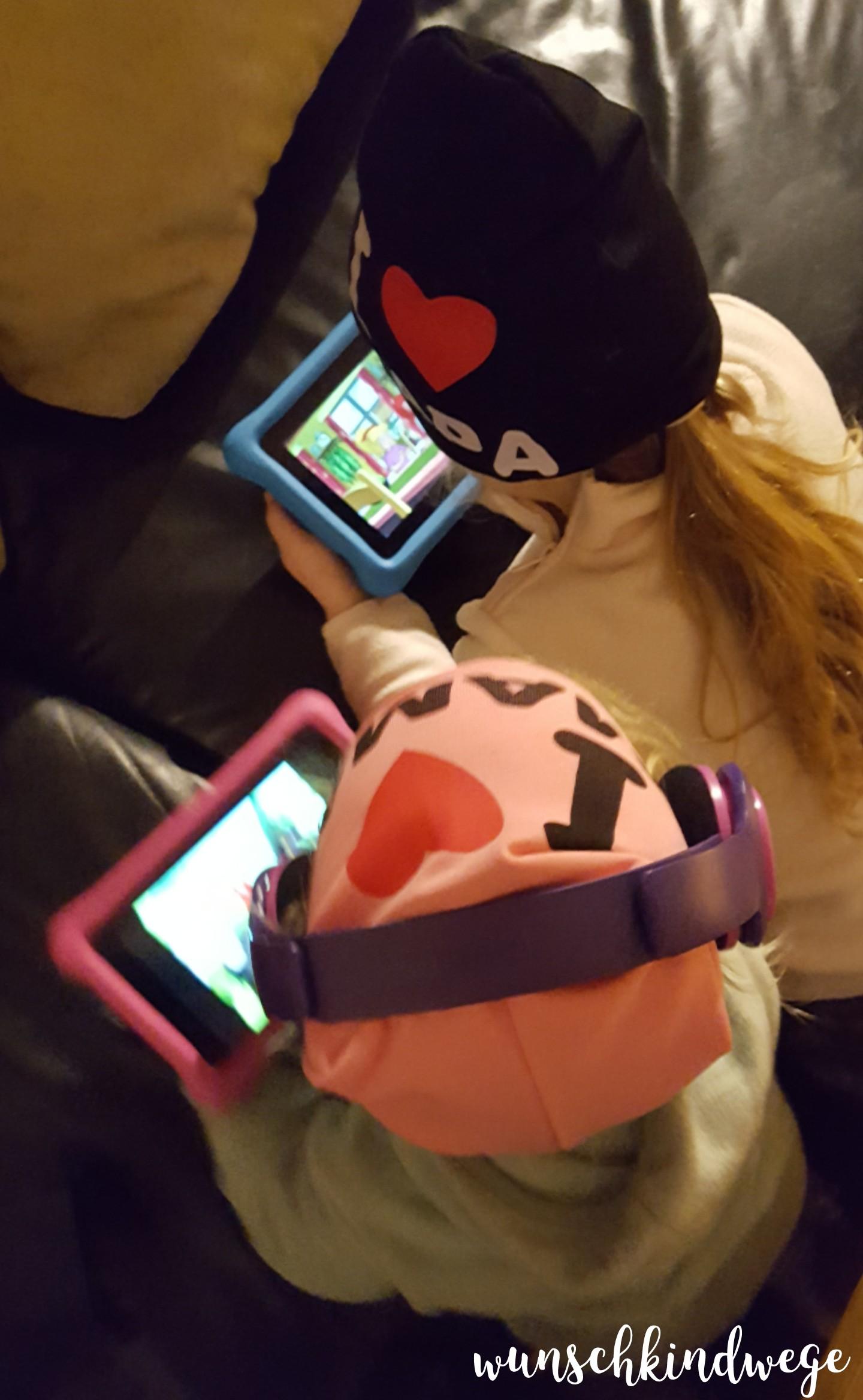 Silvesterwochenende Kinder Tablet gucken
