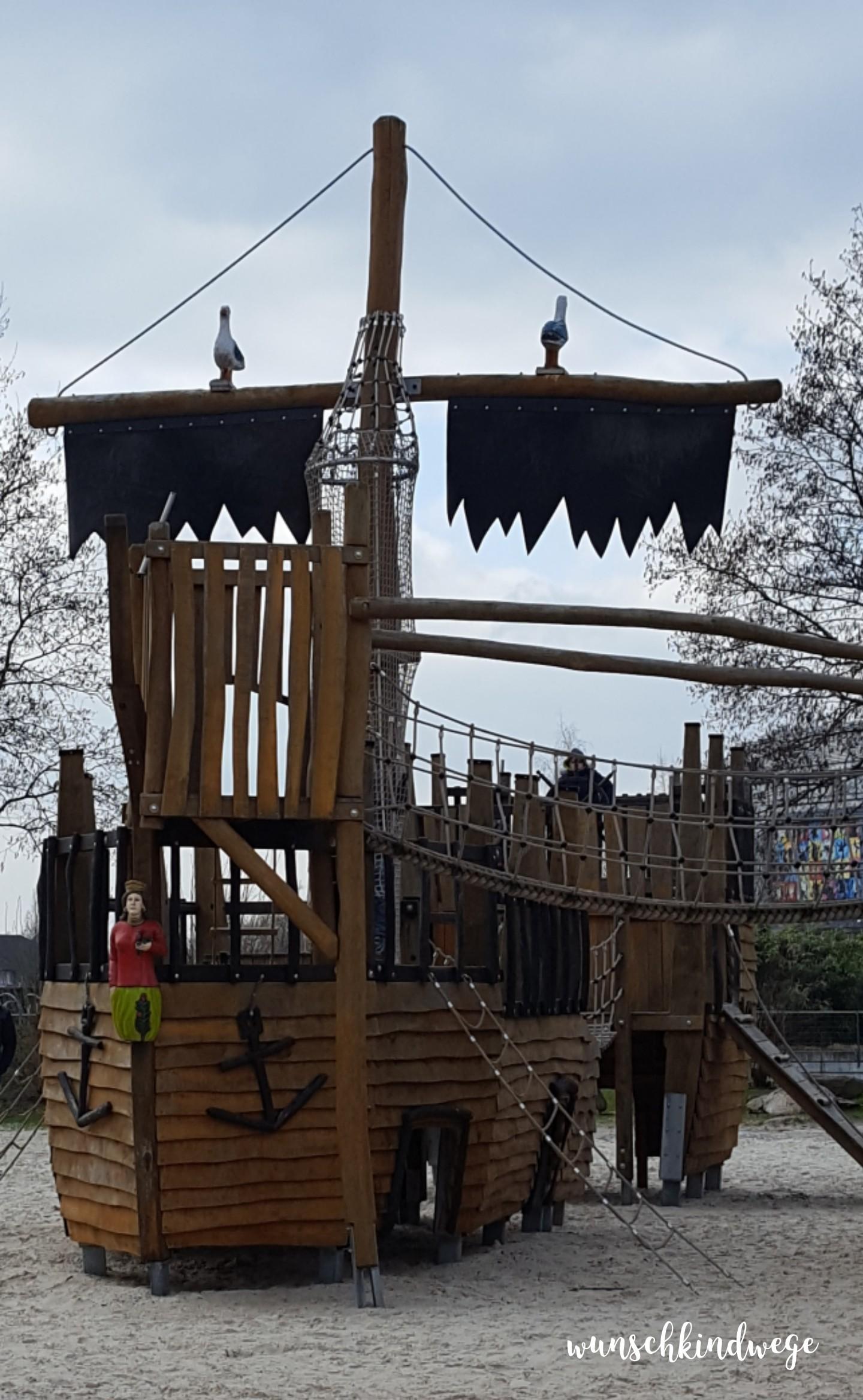 Osterwochenende in Bildern: Piratenschiff