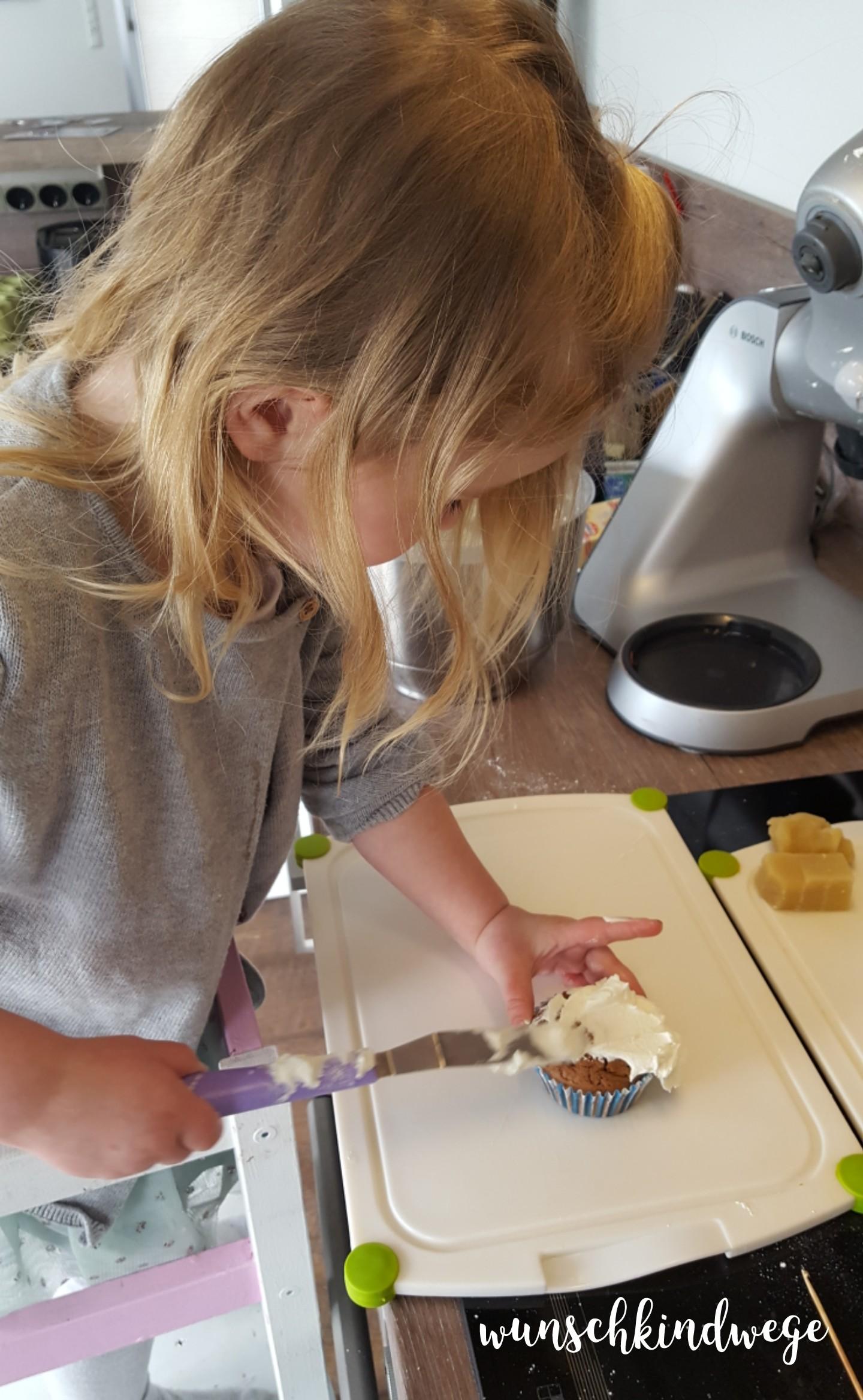 Osterwochenende in Bildern: Cupcake frosten