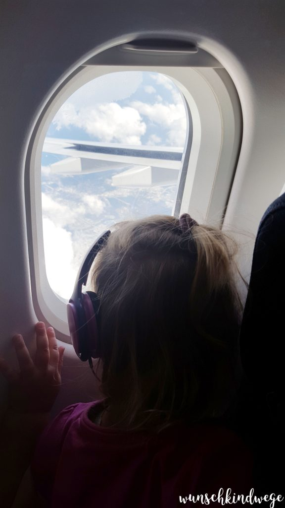 Reisen mit Kindern Flugzeug