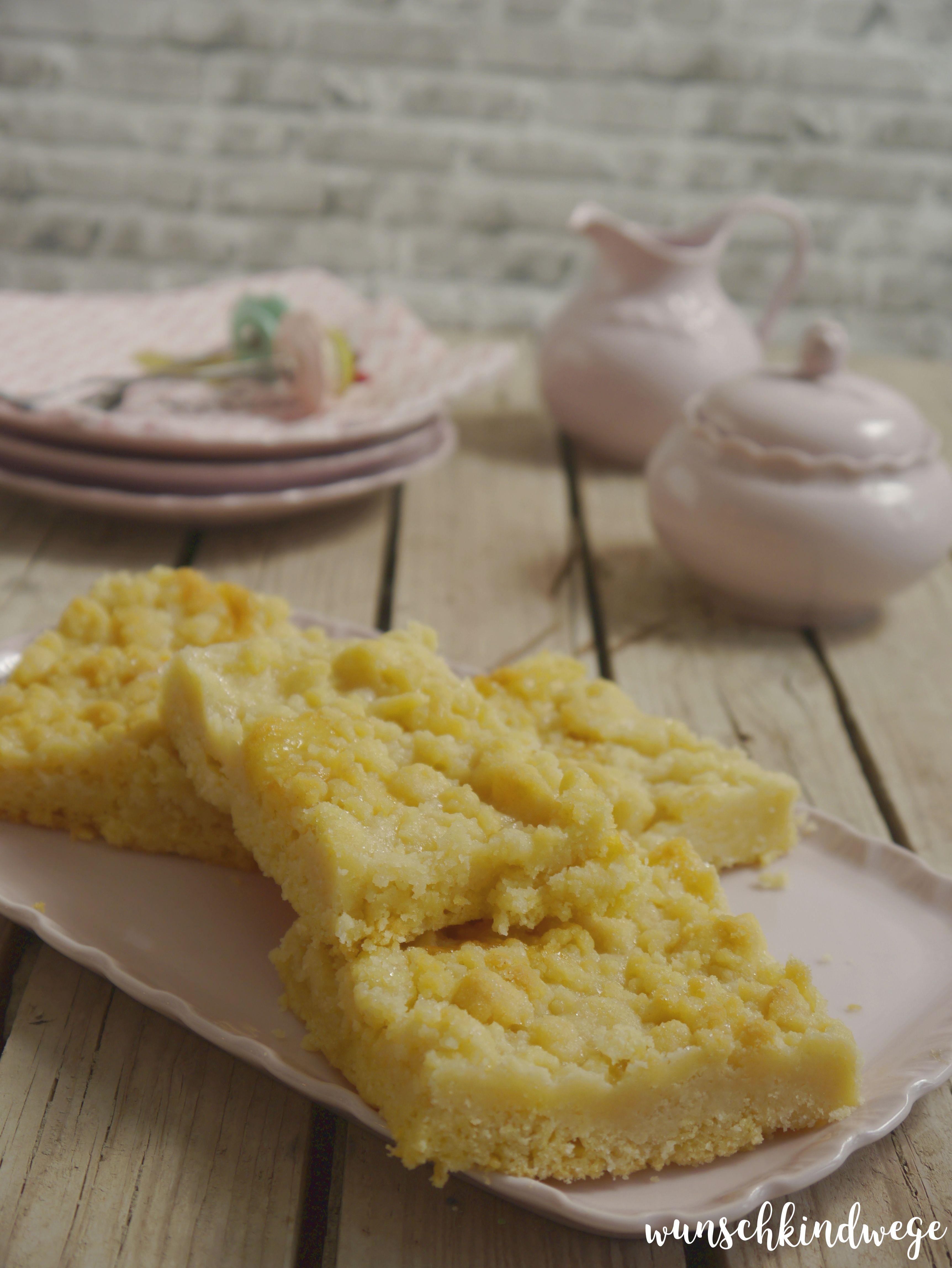 einfacher Streuselkuchen ohne Hefe mit Sahneguss