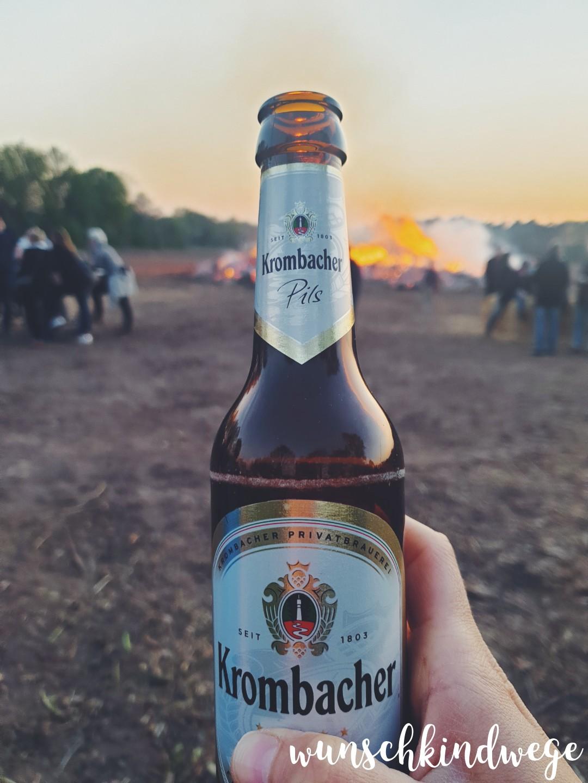 Bier am Osterfeuer