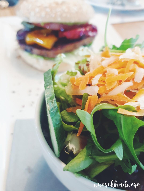 WMDEDGT - Burger und Salat
