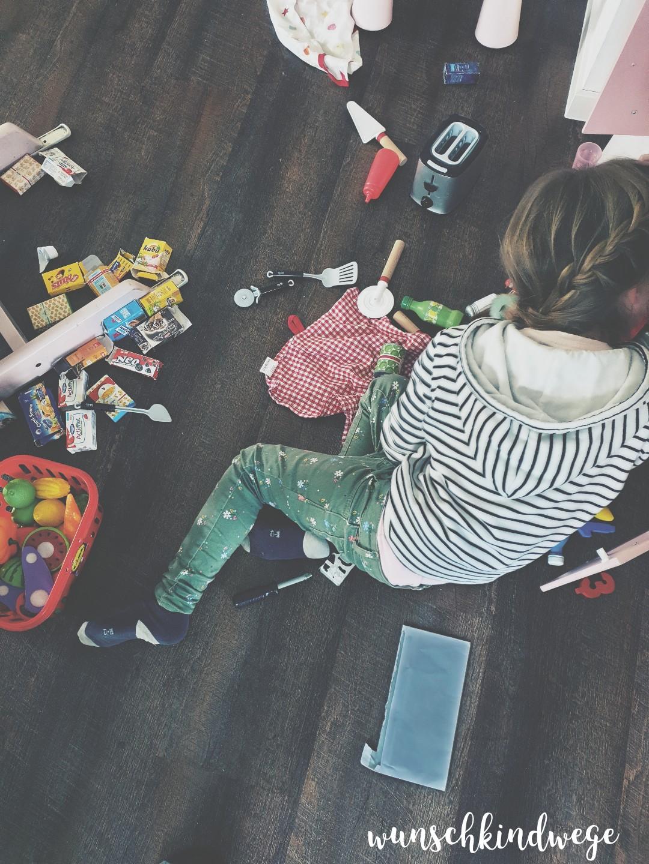 Kinderküche aufräumen Wochenende in Bildern