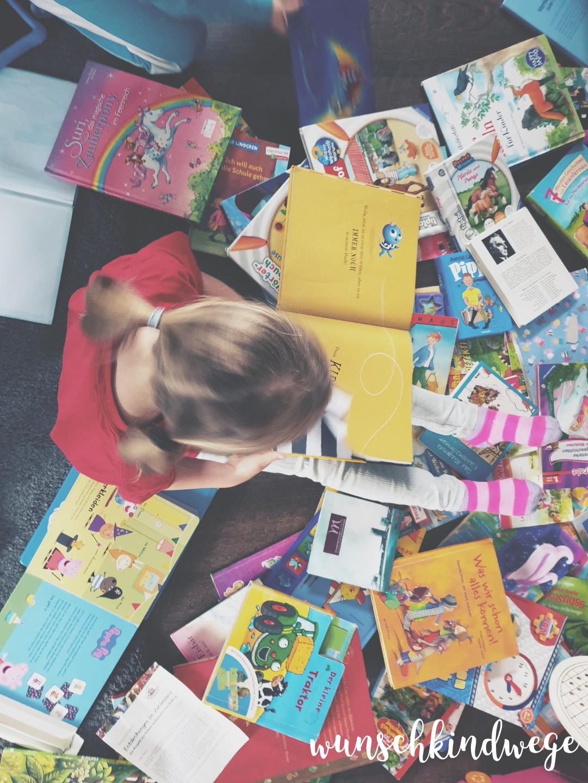 Kinder Bücher lesen