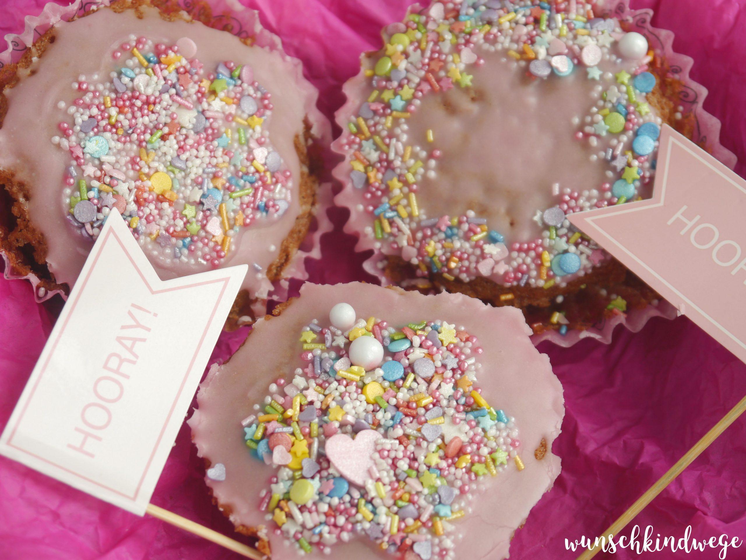 Schoko-Kirsch Muffins bunte Streusel
