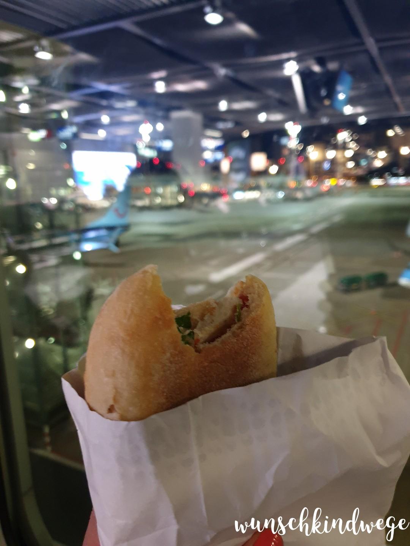 Frühstück Flughafen DUS