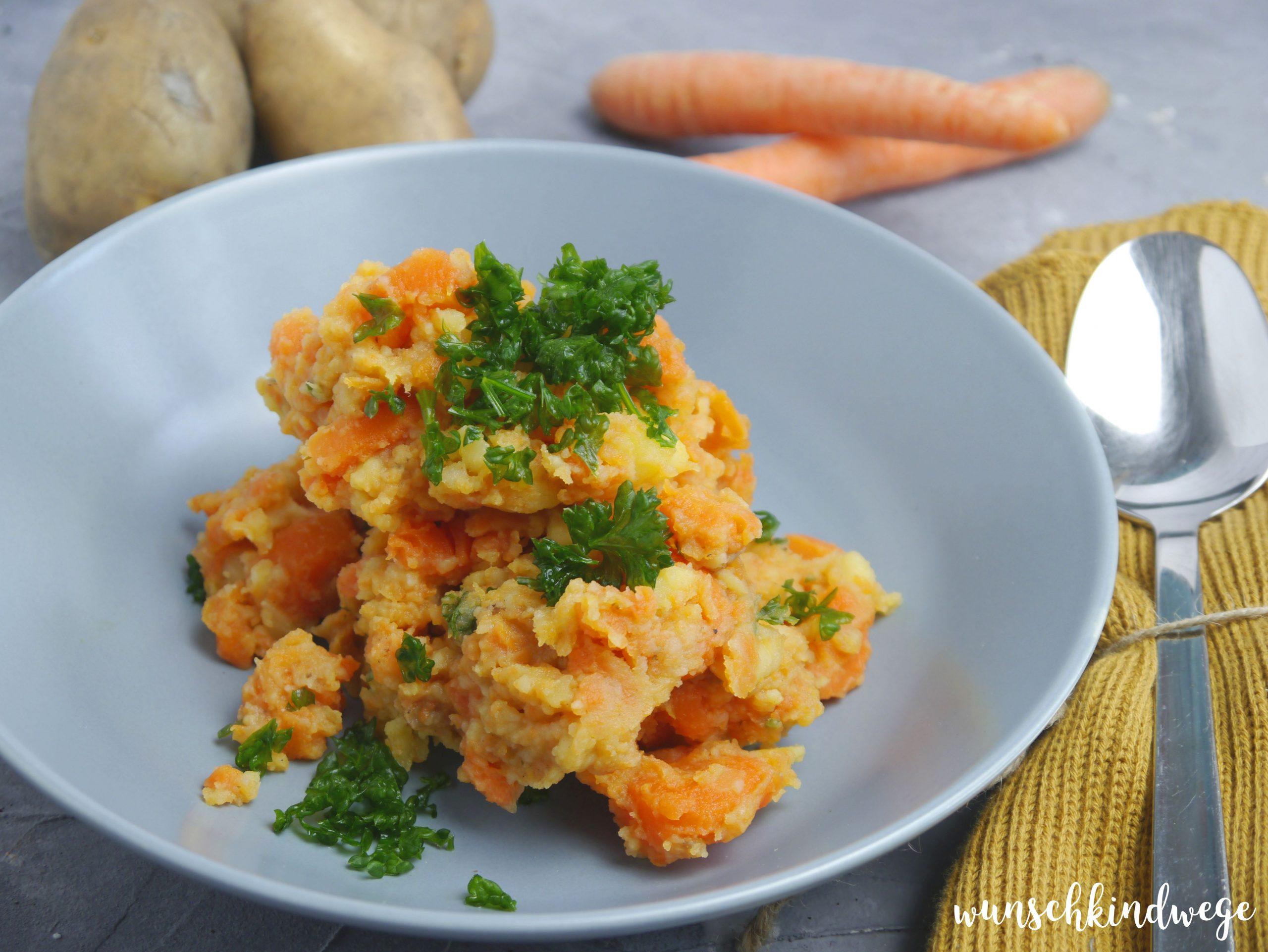 einfaches Rezept Möhrengemüse mit Kartoffeln vegetarisch